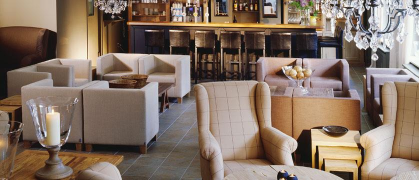 Q Hotel Maria Theresia, Kitzbühel, Austria - Lounge & Bar.jpg